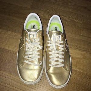 Gold Converse Lunarlon Tennis Shoes